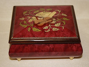 Italian Musical Inlaid Red Wine Musical Ring Box