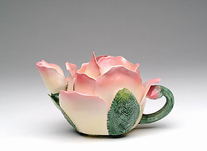 Porcelain Decorative Rose Teapot