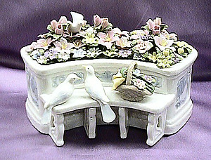Musical Porcelain Garden Bench with Doves #58012