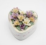 Porcelain Grandmother Heart Music Box #10610