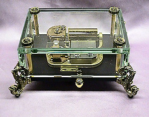 Crystal Music Box with Claw Feet #106302