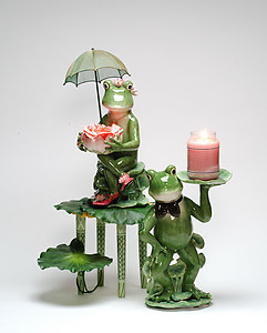 Frog With Umbrella #30102 or Frog with Candle #30101
