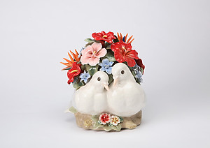 Lovedoves Porcelain Music Box #80065