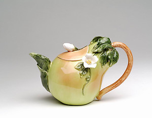 Porcelain Decorative Pear Teapot #80148TP
