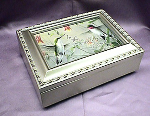 Hummingbirds Champagne  Music Box # HB044