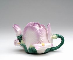 Porcelain Decorative Iris Teapot #80144TP
